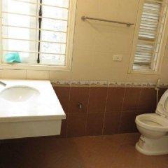 Отель Tan Long Apartment - Xuan Dieu Вьетнам, Ханой - отзывы, цены и фото номеров - забронировать отель Tan Long Apartment - Xuan Dieu онлайн ванная фото 2