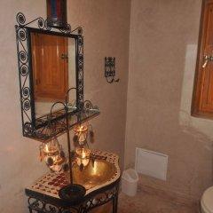 Отель Riad Porte Des 5 Jardins Марокко, Марракеш - отзывы, цены и фото номеров - забронировать отель Riad Porte Des 5 Jardins онлайн ванная фото 2