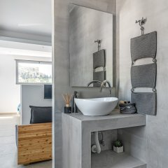 Отель Mythos Luxury Suites Греция, Афины - отзывы, цены и фото номеров - забронировать отель Mythos Luxury Suites онлайн ванная фото 2