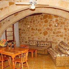 Отель Bellavista Farmhouses Gozo питание