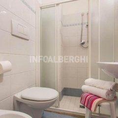 Отель Alcazar Италия, Римини - отзывы, цены и фото номеров - забронировать отель Alcazar онлайн ванная