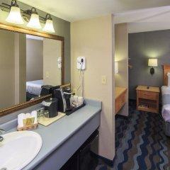 Отель Accent Inns Victoria Канада, Саанич - отзывы, цены и фото номеров - забронировать отель Accent Inns Victoria онлайн ванная фото 2