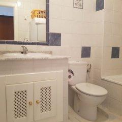 Отель Duplex Villamartin Fortuna Golf II Испания, Ориуэла - отзывы, цены и фото номеров - забронировать отель Duplex Villamartin Fortuna Golf II онлайн ванная фото 2