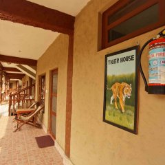 Отель Jungle Safari Lodge Непал, Саураха - отзывы, цены и фото номеров - забронировать отель Jungle Safari Lodge онлайн интерьер отеля