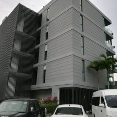 Отель Absolute Twin Sands Resort & Spa парковка