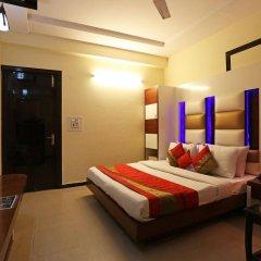 Отель Star Plaza сейф в номере