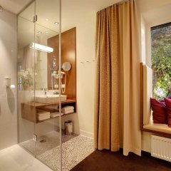 Отель Strandhotel Alte Donau Австрия, Вена - отзывы, цены и фото номеров - забронировать отель Strandhotel Alte Donau онлайн ванная
