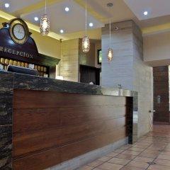 Hotel Hacienda del Sol интерьер отеля