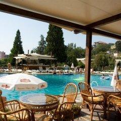 Detelina Hotel бассейн