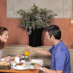 Отель Duquesa De Cardona Испания, Барселона - 9 отзывов об отеле, цены и фото номеров - забронировать отель Duquesa De Cardona онлайн в номере фото 2