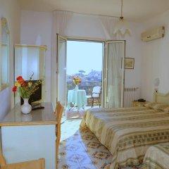 Отель La Margherita - Villa Giuseppina Италия, Скала - отзывы, цены и фото номеров - забронировать отель La Margherita - Villa Giuseppina онлайн комната для гостей фото 2
