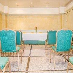 Hotel Reino de Granada бассейн