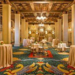 Отель Millennium Biltmore Hotel США, Лос-Анджелес - 10 отзывов об отеле, цены и фото номеров - забронировать отель Millennium Biltmore Hotel онлайн помещение для мероприятий