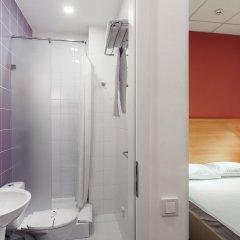 Orange Hotel ванная фото 2