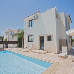 Отель Zouvanis Luxury Villas Кипр, Протарас - отзывы, цены и фото номеров - забронировать отель Zouvanis Luxury Villas онлайн бассейн фото 2