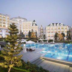 Отель Vinpearl Resort & Spa Ha Long бассейн