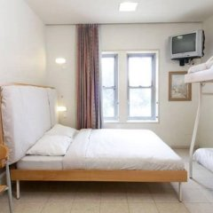 HI Jerusalem – Rabin Hostel Израиль, Иерусалим - отзывы, цены и фото номеров - забронировать отель HI Jerusalem – Rabin Hostel онлайн комната для гостей фото 4