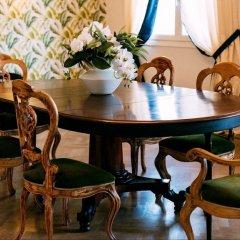 Отель Flor in Florence Италия, Флоренция - отзывы, цены и фото номеров - забронировать отель Flor in Florence онлайн интерьер отеля