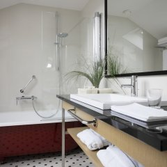 Neiburgs Hotel Рига ванная фото 2