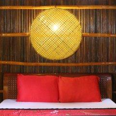 Отель Under the coconut tree комната для гостей