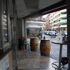 Отель Hostal Frasca by Vivere Stays Испания, Сьюдад-Реаль - отзывы, цены и фото номеров - забронировать отель Hostal Frasca by Vivere Stays онлайн балкон