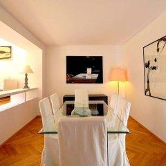 Апартаменты Vienna Residence High-class Luxury Apartment for up to 6 Happy Guests Вена в номере