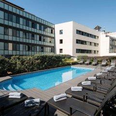 Отель Catalonia Ramblas бассейн