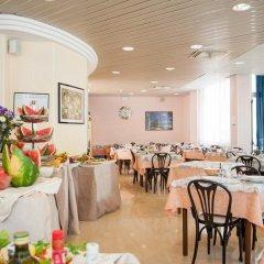 Отель Bagli - Cristina Италия, Римини - отзывы, цены и фото номеров - забронировать отель Bagli - Cristina онлайн питание