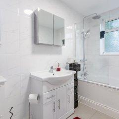 Апартаменты 3 Bedroom Apartment Near Primrose Hill ванная фото 2