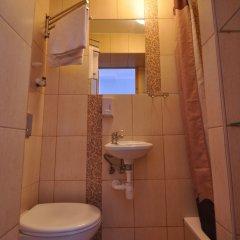 Отель Хостел Sopotiera Pokoje Goscinne Польша, Сопот - отзывы, цены и фото номеров - забронировать отель Хостел Sopotiera Pokoje Goscinne онлайн ванная фото 6