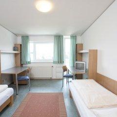 Отель Kolpinghaus Salzburg Зальцбург комната для гостей фото 2