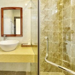 Отель Hoi An Ivy Hotel Вьетнам, Хойан - отзывы, цены и фото номеров - забронировать отель Hoi An Ivy Hotel онлайн ванная