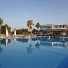 Отель Euphoria Palm Beach Resort бассейн
