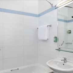 Отель Jurys Inn Glasgow Глазго ванная