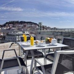 Отель VIP Executive Eden Aparthotel балкон