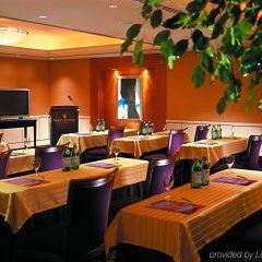 Отель Four Seasons Hotel Amman Иордания, Амман - отзывы, цены и фото номеров - забронировать отель Four Seasons Hotel Amman онлайн интерьер отеля