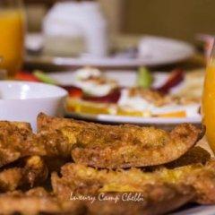 Отель Dunes Luxury Camp Erg Chebbi Марокко, Мерзуга - отзывы, цены и фото номеров - забронировать отель Dunes Luxury Camp Erg Chebbi онлайн питание фото 2