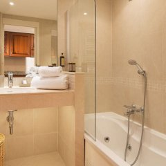 Отель Villa d'Estelle Франция, Канны - отзывы, цены и фото номеров - забронировать отель Villa d'Estelle онлайн ванная