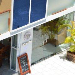 Отель Hiyala Inn Мальдивы, Мале - отзывы, цены и фото номеров - забронировать отель Hiyala Inn онлайн балкон