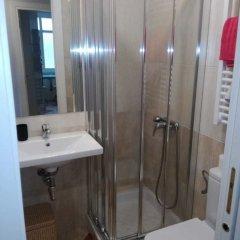 Отель Txingudi by Basquelidays Испания, Фуэнтеррабиа - отзывы, цены и фото номеров - забронировать отель Txingudi by Basquelidays онлайн ванная фото 2