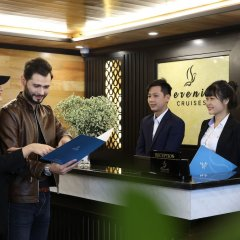 Отель Halong Serenity Cruise Вьетнам, Халонг - отзывы, цены и фото номеров - забронировать отель Halong Serenity Cruise онлайн интерьер отеля