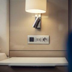 Отель Kings Court Hotel Чехия, Прага - 13 отзывов об отеле, цены и фото номеров - забронировать отель Kings Court Hotel онлайн сейф в номере