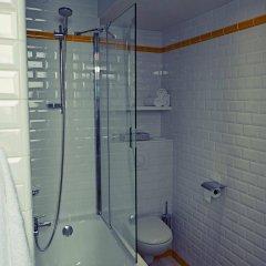 Отель Hôtel Eiffel XV Франция, Париж - отзывы, цены и фото номеров - забронировать отель Hôtel Eiffel XV онлайн ванная