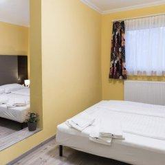 Отель Restaurant Villa Flora Аниф фото 20