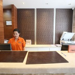 Отель On8 Sukhumvit Nana Bangkok by Compass Hospitality интерьер отеля