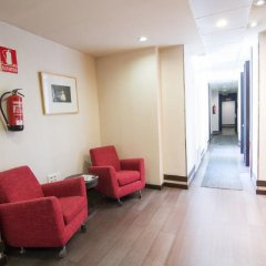 Отель Petit Palace Arenal Sol Испания, Мадрид - 1 отзыв об отеле, цены и фото номеров - забронировать отель Petit Palace Arenal Sol онлайн интерьер отеля фото 3