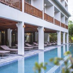 Vinh Hung Old Town Hotel бассейн