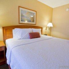 Отель Hampton Inn by Hilton Vancouver-Airport/Richmond Канада, Ричмонд - отзывы, цены и фото номеров - забронировать отель Hampton Inn by Hilton Vancouver-Airport/Richmond онлайн комната для гостей фото 4