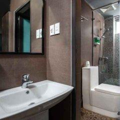 Отель Хостел Babylon Garden Inn Вьетнам, Ханой - отзывы, цены и фото номеров - забронировать отель Хостел Babylon Garden Inn онлайн ванная фото 2