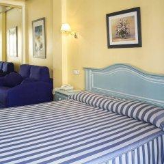 Отель Villa de Laredo Испания, Фуэнхирола - отзывы, цены и фото номеров - забронировать отель Villa de Laredo онлайн комната для гостей фото 5